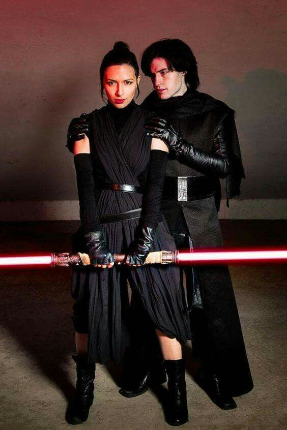 Darkside Ray and Kylo Ren from Star Wars Couples' Halloween Costume Ideas